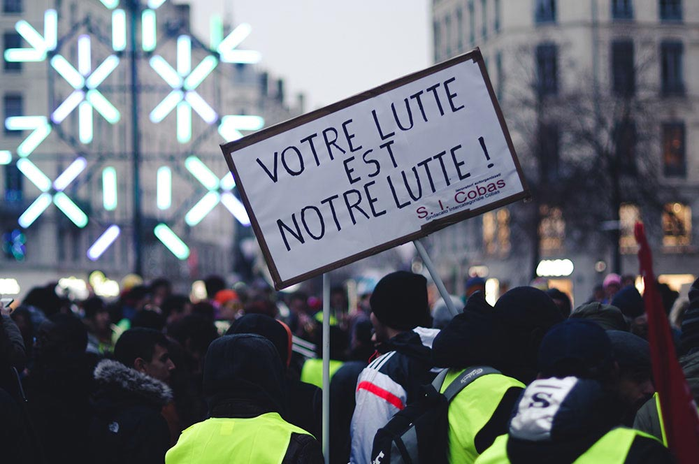 The French Carbon Tax and the Gilet Jaunes